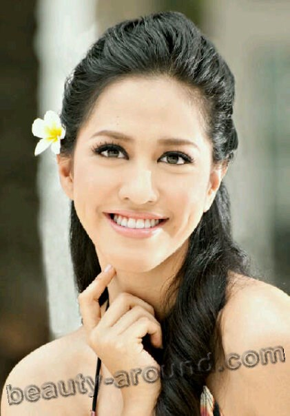 Asyifa Latief photo, Miss Indonesia 2010 winner, Indonesian women photos