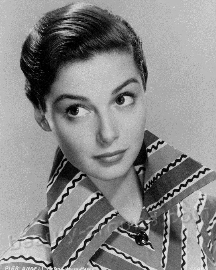 Beautiful Italian Women. Pier Angeli photo