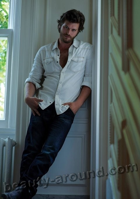 Kivanc Tatlitug Turkish actor, model, photo