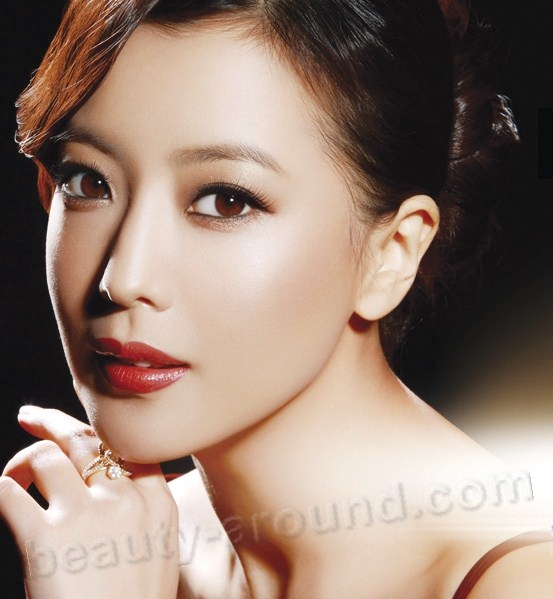 Kim Hee Seon Top 100 Most Beautiful Korean Women list
