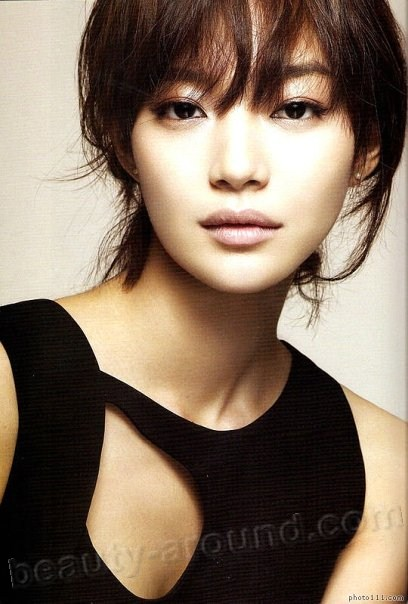 Shin Min Ah The most beautiful Korean singers photo