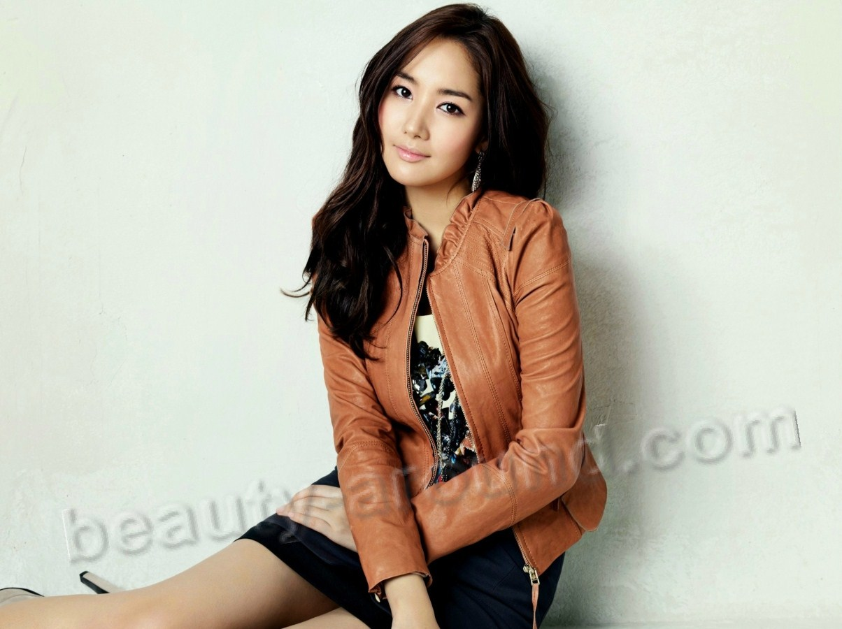 Park Min-young Korean model photo