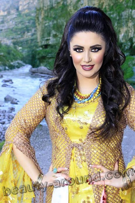Nazdar Ciziri beautiful Kurdish TV host photo
