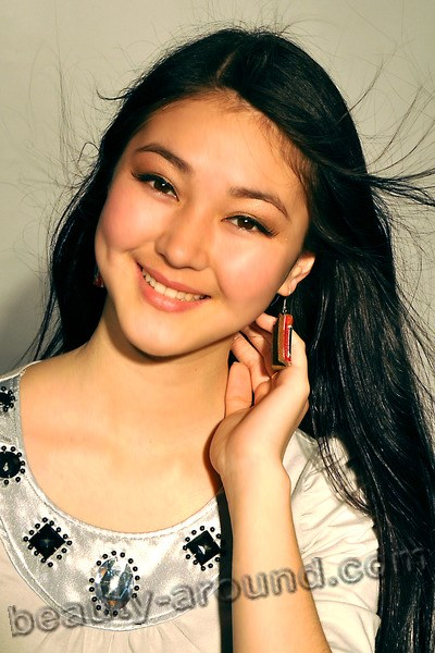 Elina Abay beautiful Kyrgyzstan actress photo