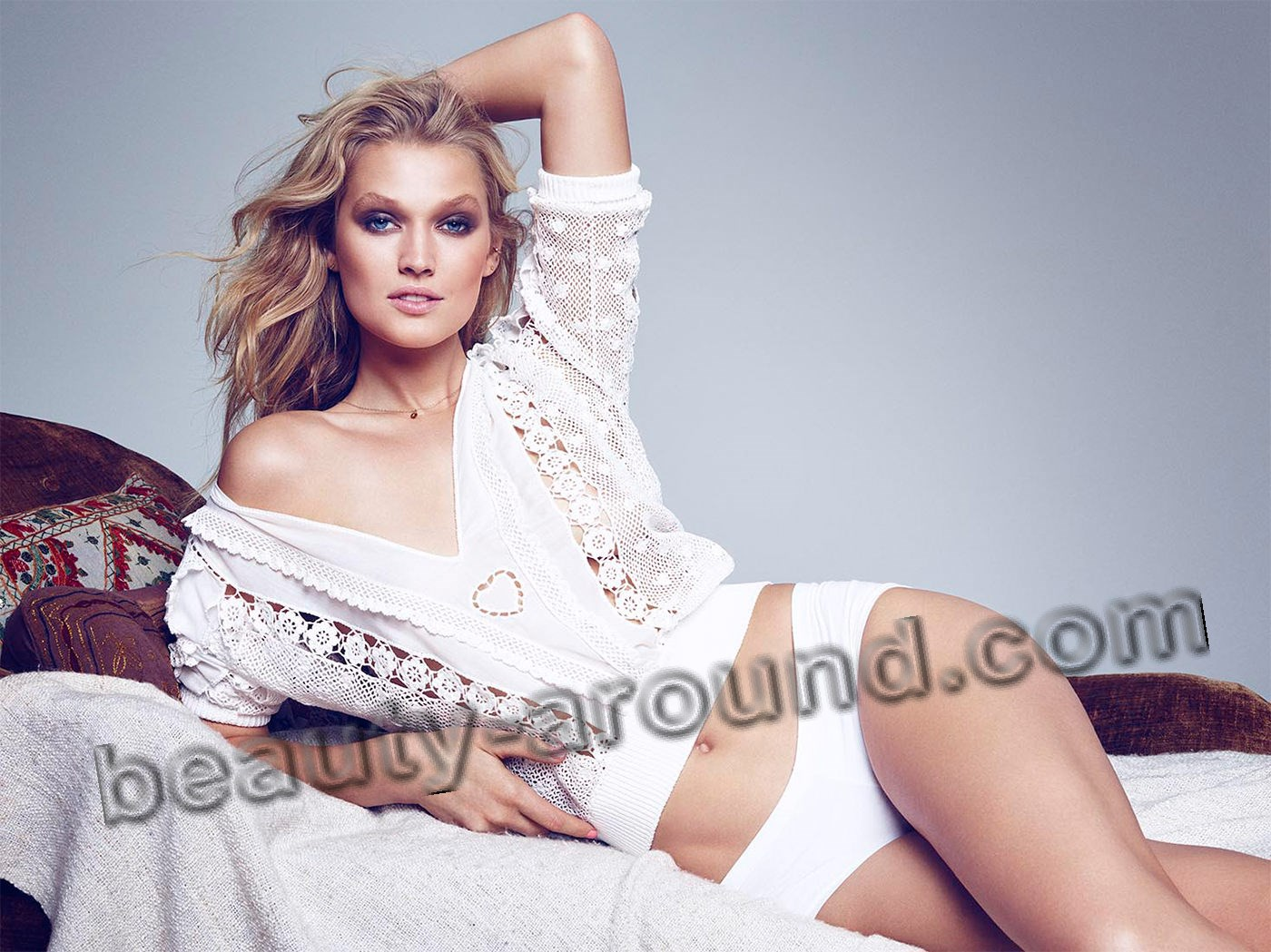Leonardo DiCaprio's Girlfriend Toni Garrn German model