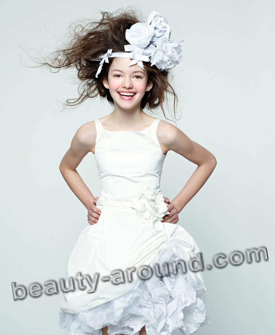 Mackenzie Foy on the cover of a fashion magazine photo