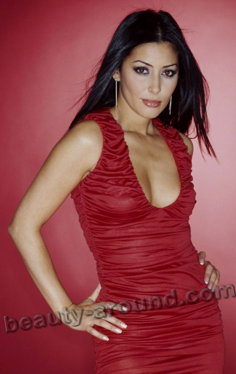 Laila Rouass English actress TV series Primeval photo