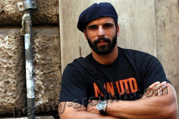 Мехмет Акиф Алакурт в роли военного фото