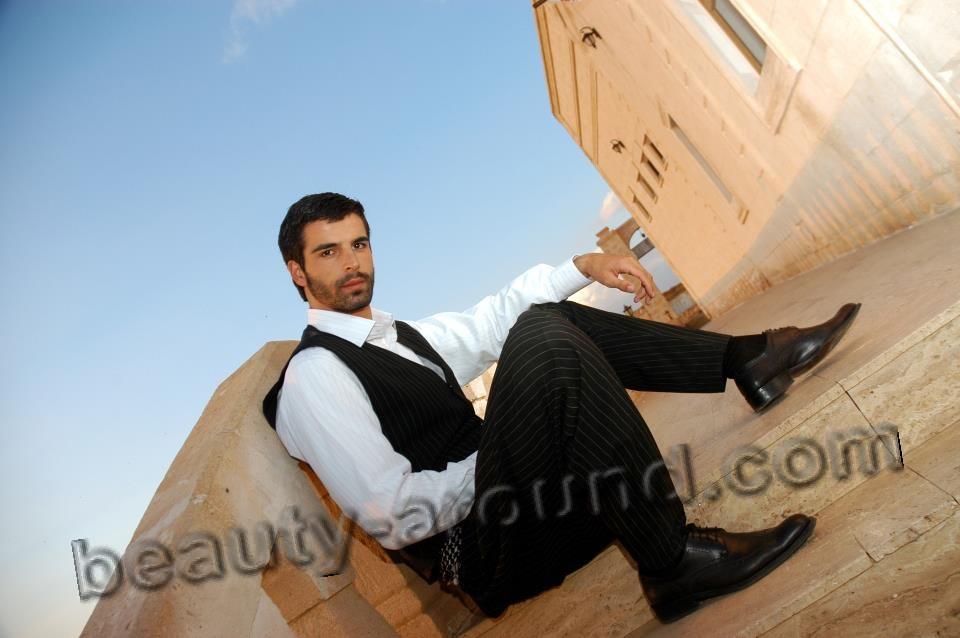 Мехмет Акиф Алакурт турецкий актёр и модель фото