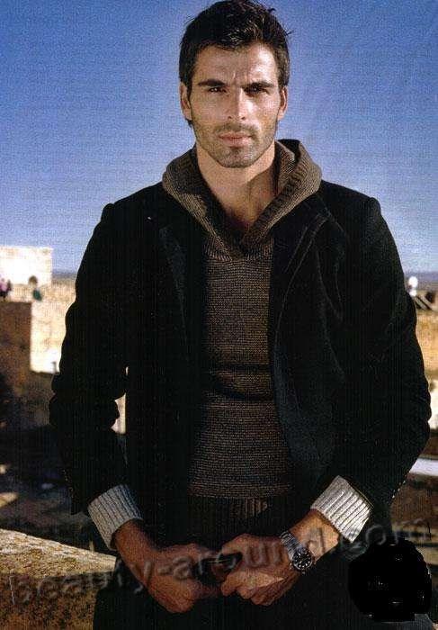 Мехмет Акиф Алакурт в рекламе фото