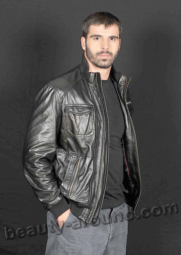 Мехмет Акиф Алакурт с короткой стрижкой фото