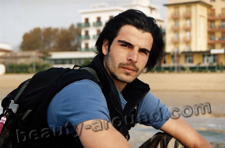 Мехмет Акиф Алакурт турецкая модель фото