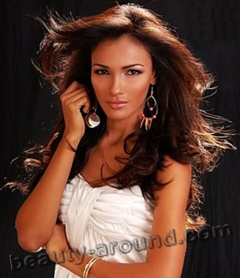 Miss Supranational 2010 Karina Pinilla (Panama) photos