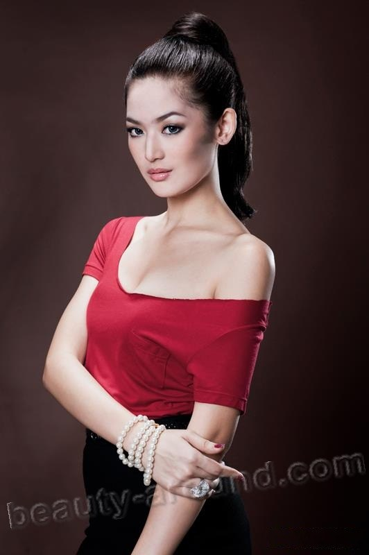 Maria Selena Miss Indonesia 2012 Miss Universe 2012 photo