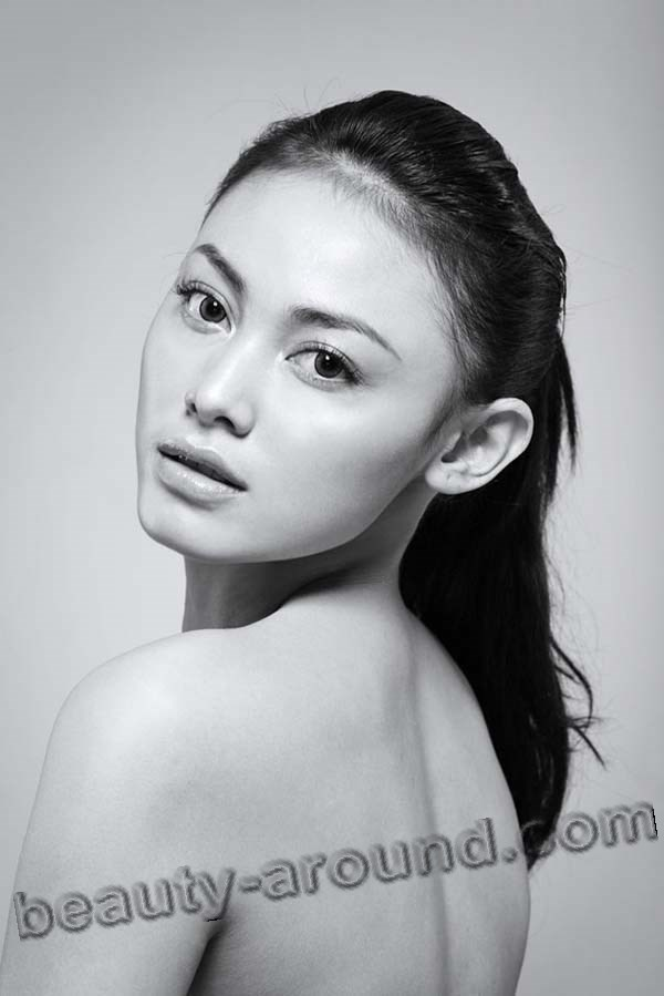 Whulandary Herman miss Indonesia 2013 contestant miss Universe 2013