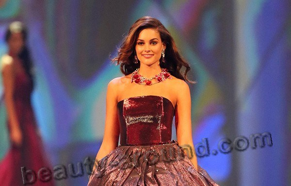 Miss World 2014 Rolene Strauss in dress