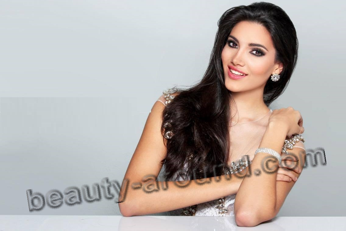 Miss World 2016 Winner Stephanie Del Valle photo
