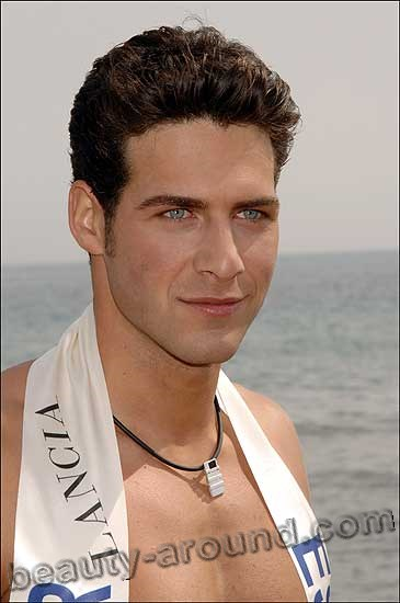 Mister World 2007  Juan García Postigo photo