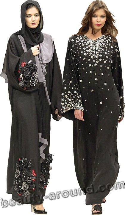 The traditional black abaya pictures