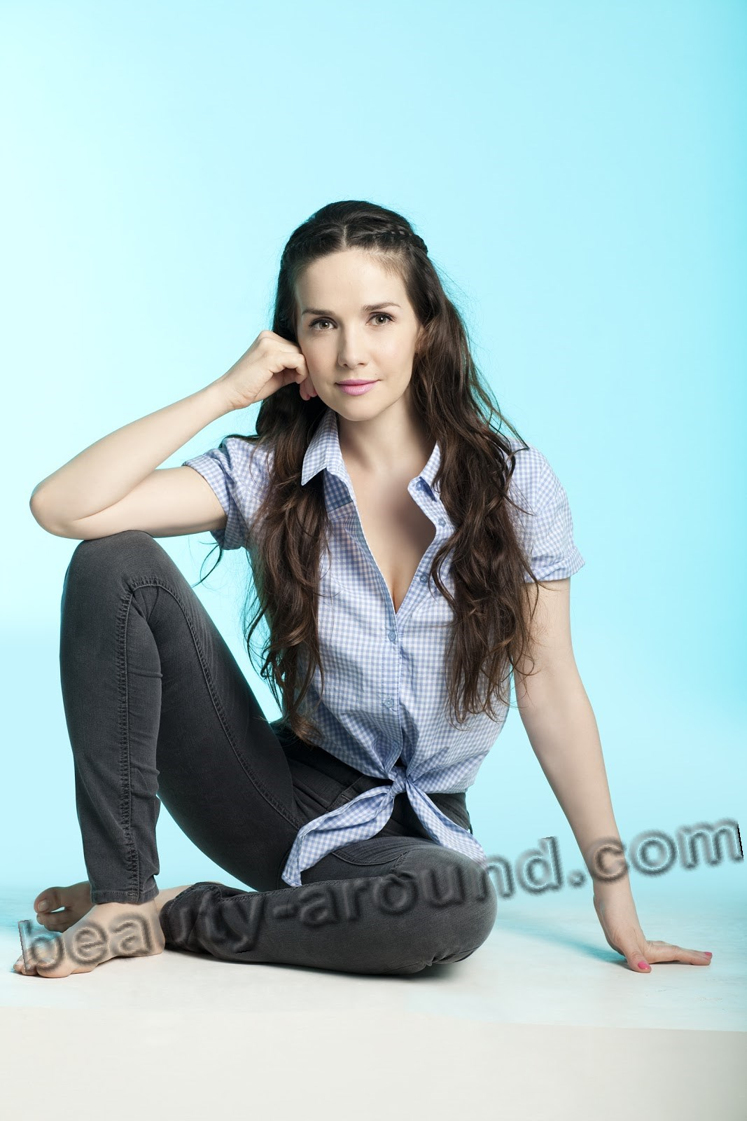 Natalia Oreiro beautiful Argentinian actress photo