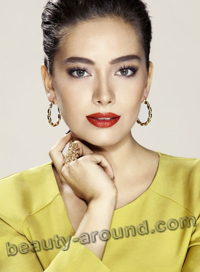 Neslihan Atagyul beautiful Turk actress photo