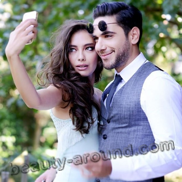 Neslihan Atagyul with Kadir Dogulu boy-friend photo
