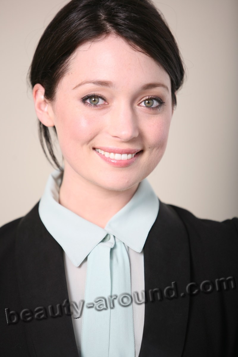 Beautiful New Zealand Women - Antonia Prebble