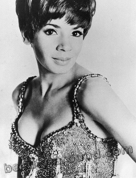 Shirley Veronica Bassey half nigerian woman photo