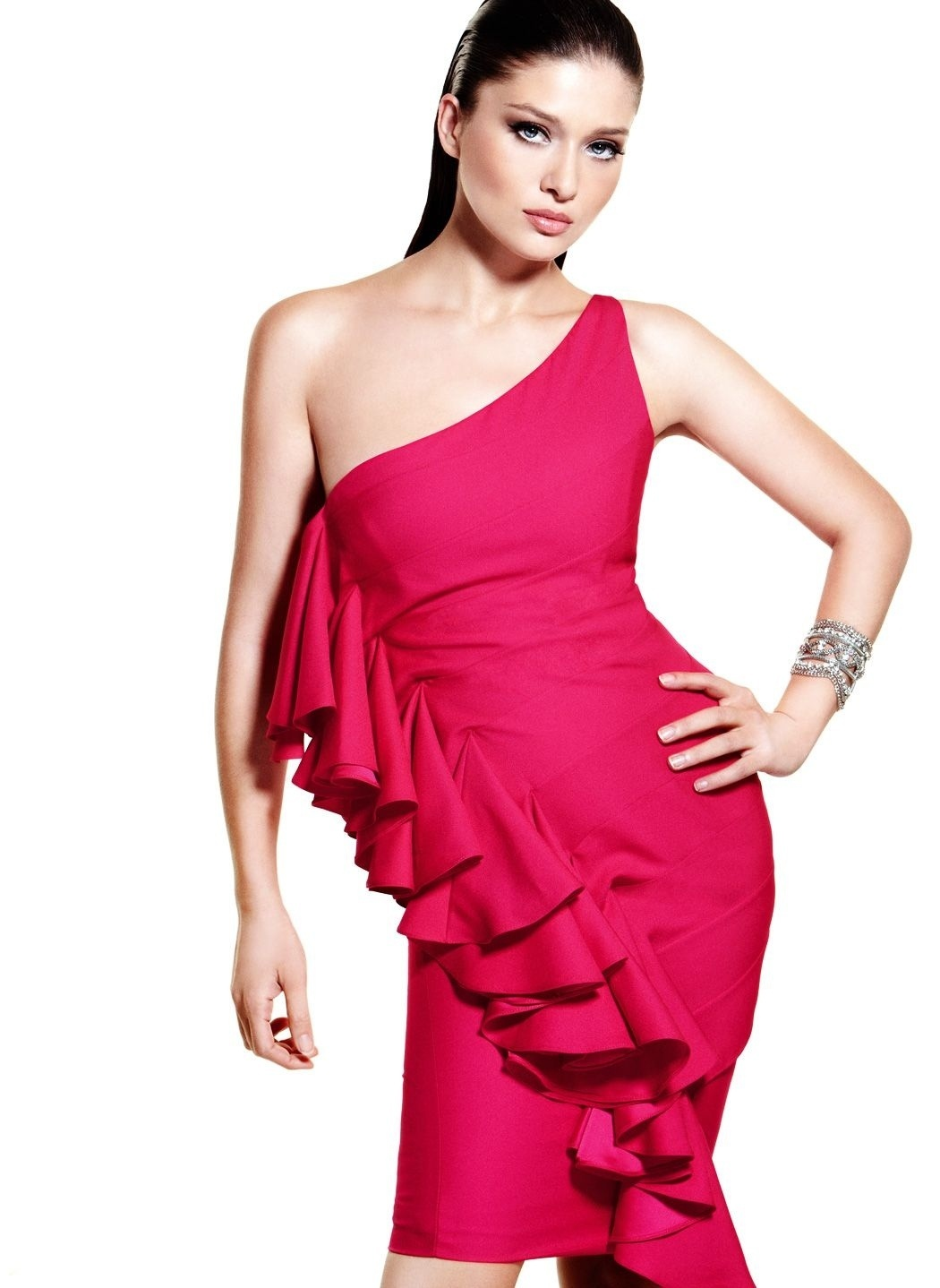Нургюль Ешилчай красивая турецкая актриса