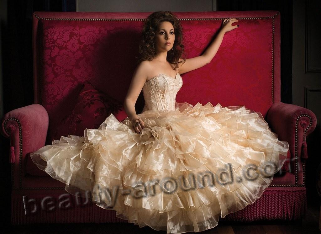 Carmen Monarcha Brazilian soprano opera singer photo