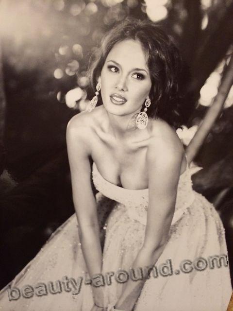 Aida Garifullina beautiful female opera singer from Russia photo