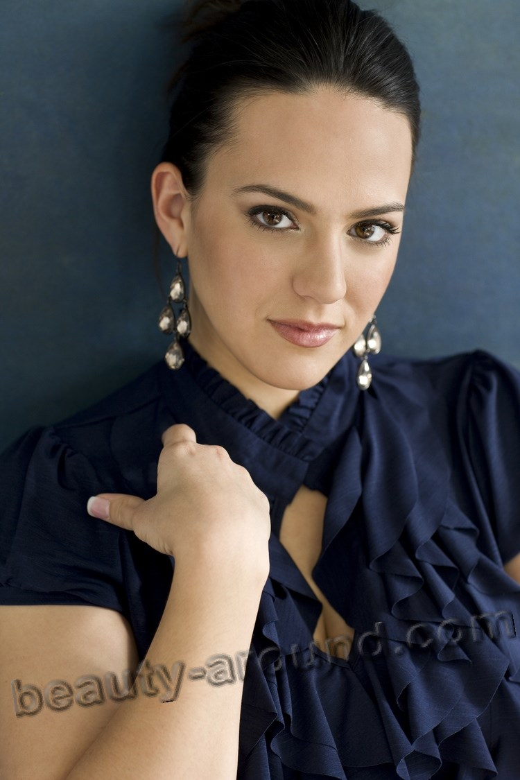 Daniela Mack American opera singer photo