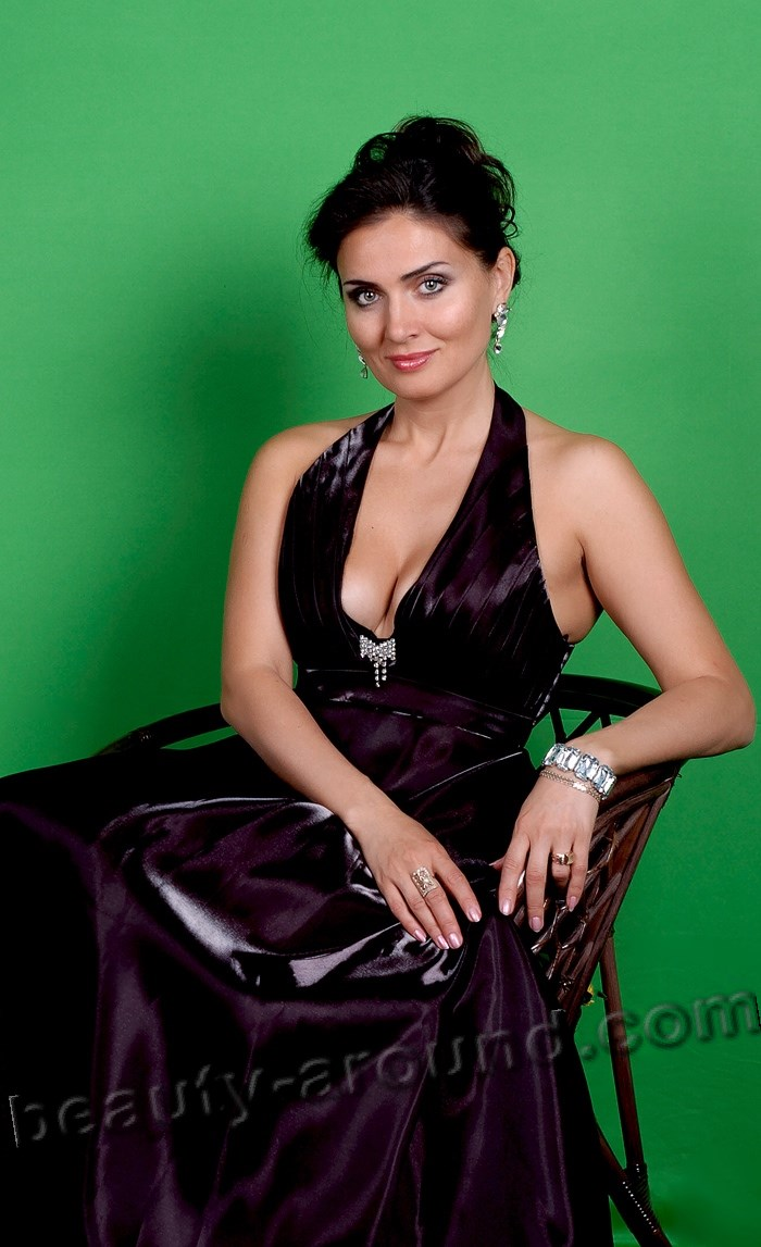 Olga Chubareva beauty Ukrainian opera singer photo