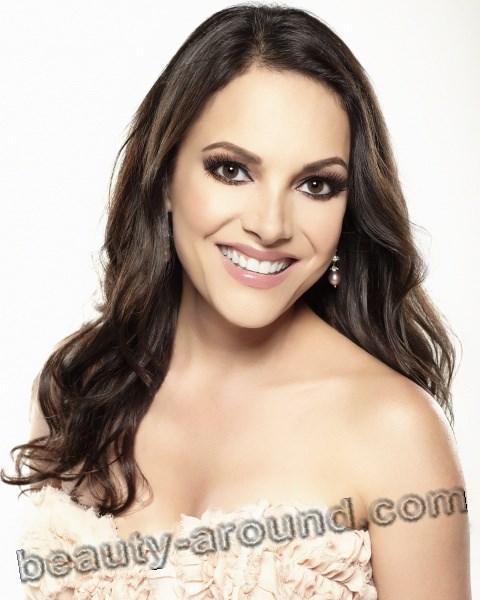 Bаrbara Padilla Mexican-American operatic soprano photo