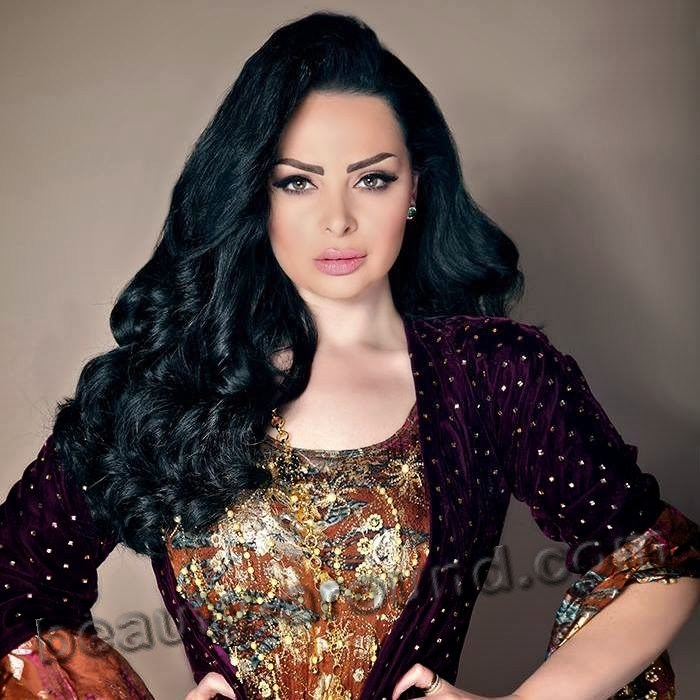 Diana Karazon Jordanian singer of Palestinian origin photo