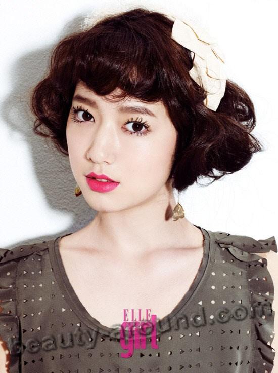 Park Shin Hye with short hair