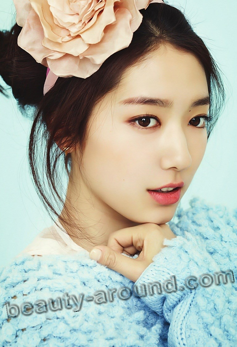 Park Shin Hye magazine photo