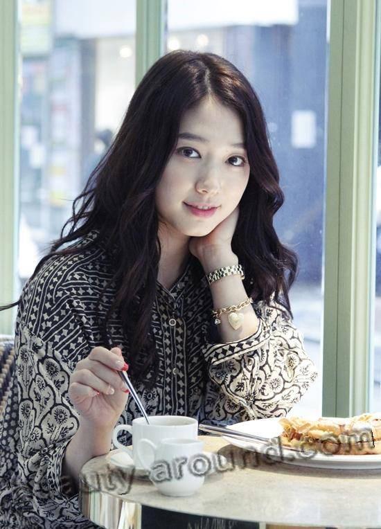 Пак Шин Хе в обычной жизни