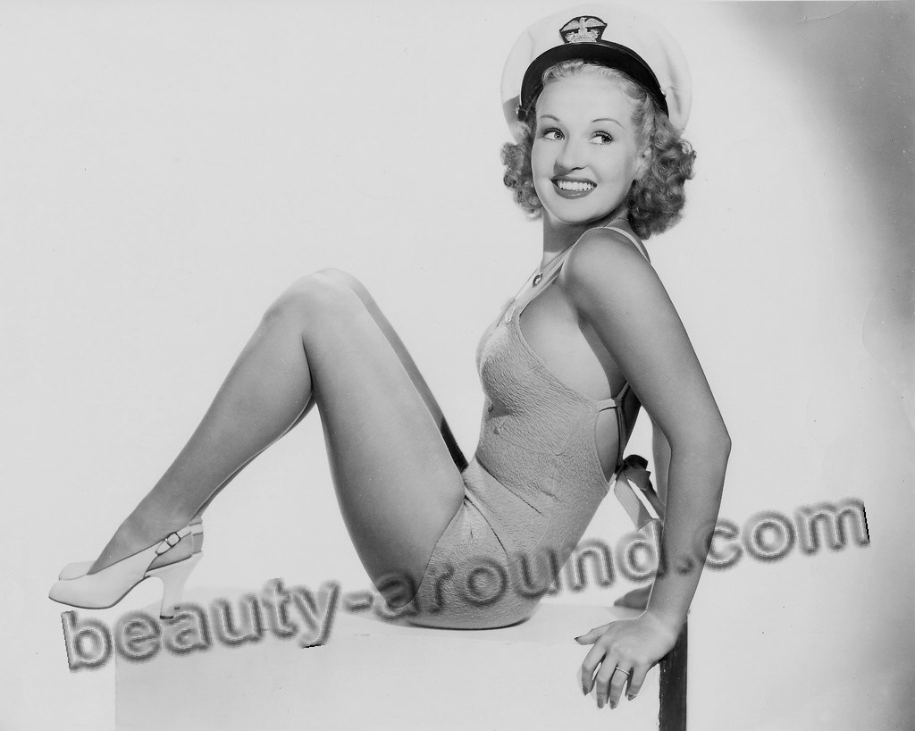 Pin-Up girls Betty Grable photos