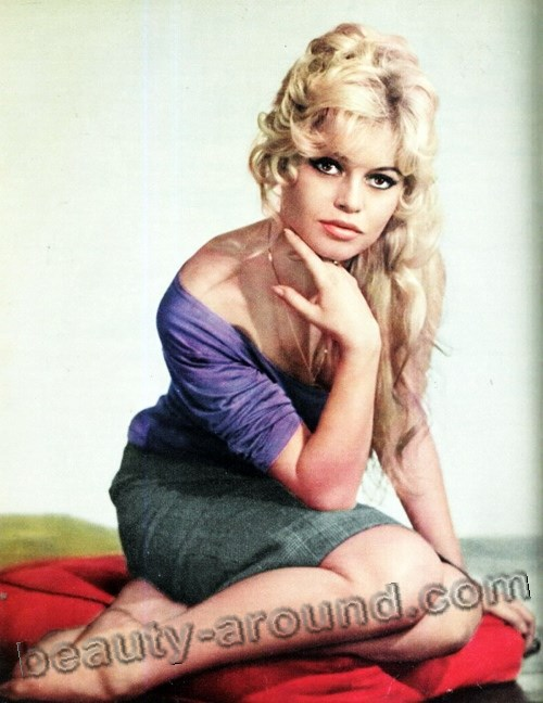 Brigitte Bardot pin-up style photo
