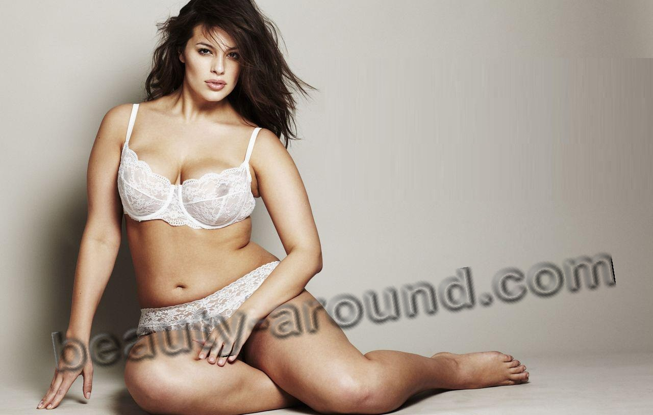 Ashley Graham in sexy lingery plus size picture
