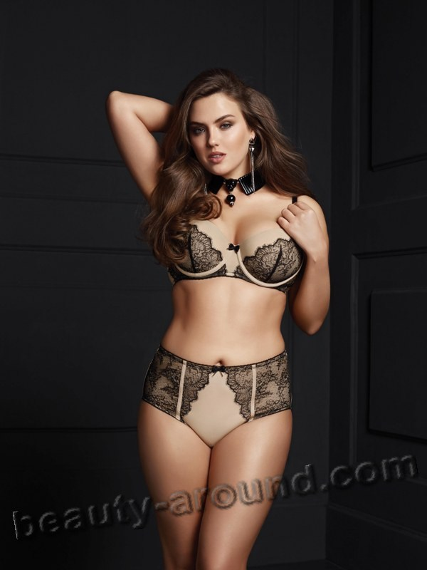 Alexandra Dainega model plus size in lingery photo