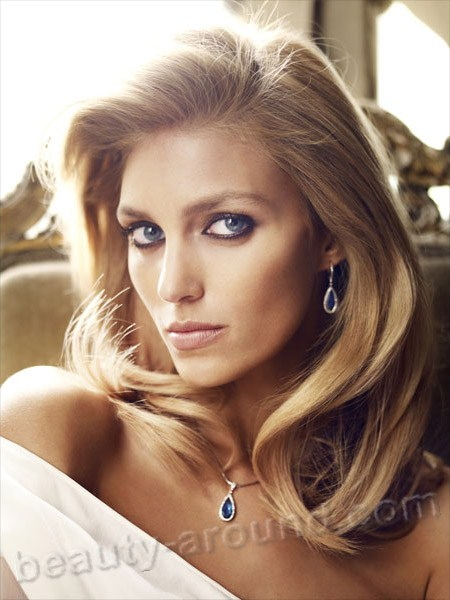 Beautiful Polish Women - Anja Rubik  Polish model and actress