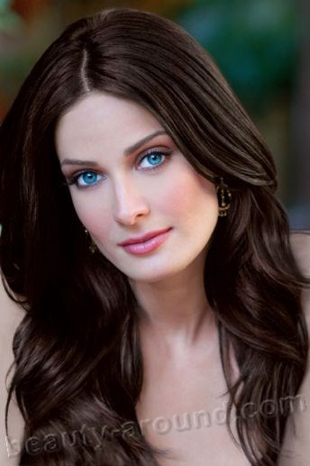 Beautiful Puerto Rican women, Dayanara Torres Delgado Puerto Rican actress, model, Miss Universe 1993