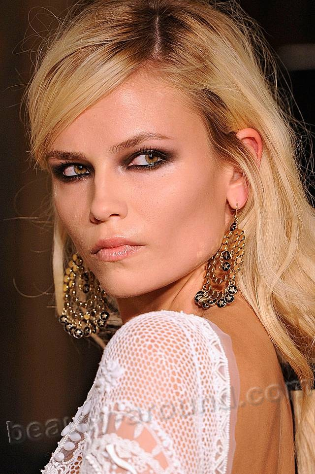 Natasha Poly russian model pictures