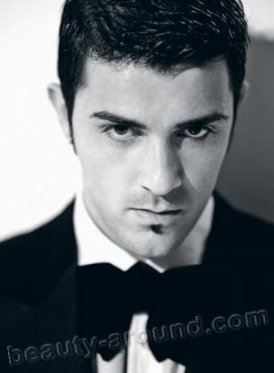 Handsome Male Athletes David Villa