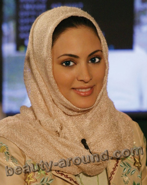 Muna Abusulayman Beautiful Saudi Arabian Woman Photo