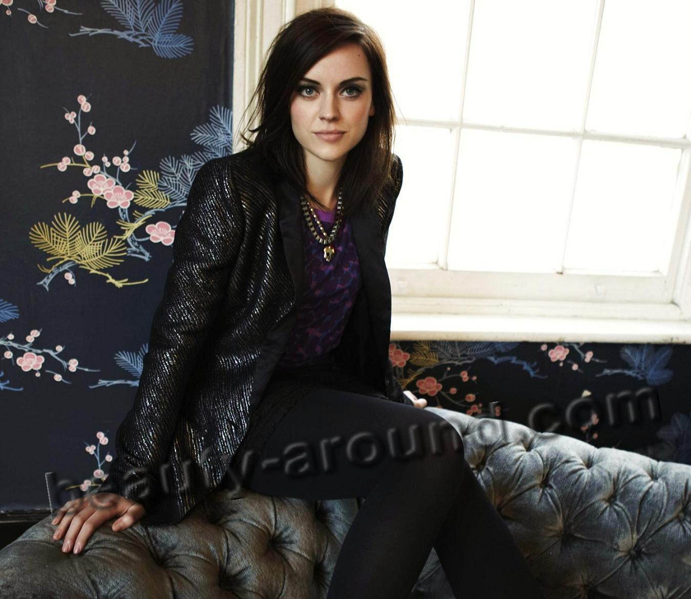Amy Macdonald beautiful Scottish singer photo