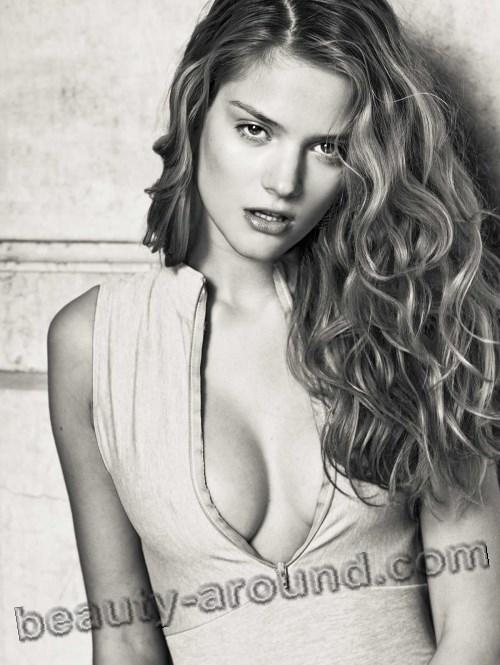 Beautiful Serbian women Olya Ivanisevic  cute sexy Serbian model photo