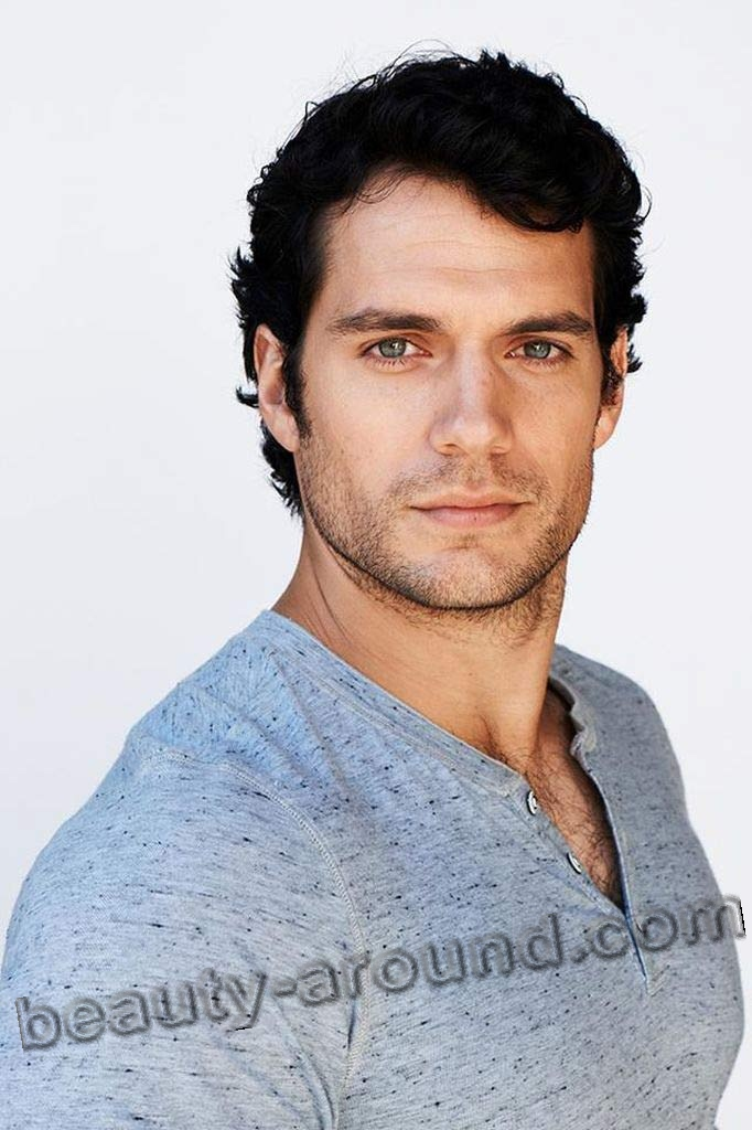 Henry Cavill sexy British actor photo
